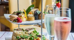 romantic_champagne_food