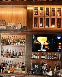 cask-and-ale-bar-sarasota